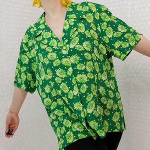 Vintage 1990s Caché green daisy button-up shirt